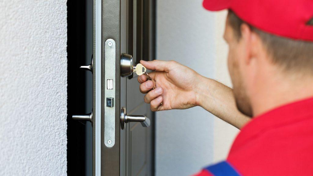 The 4 Best Times to Change Your Door Locks